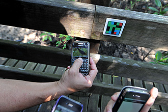 Open for the first time to the public, the free wireless trail using ColorCode enables visitors holding mobile devices with cameras and Internet connection (such as smartphones) to learn about the flora and fauna at Sungei Buloh Wetland Reserve. © NG SOR LUAN